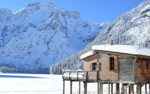 Wintertime Dolomites       5=4